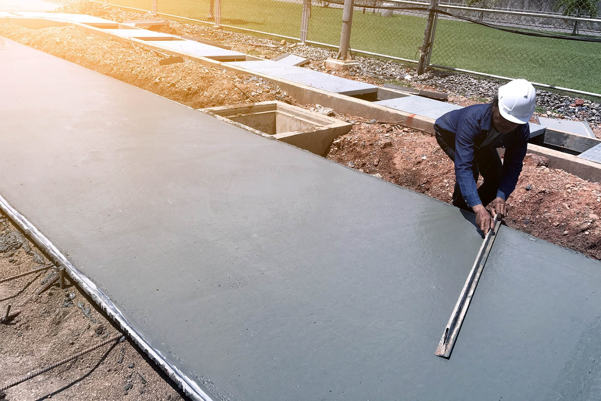 Cement laying screeding building material