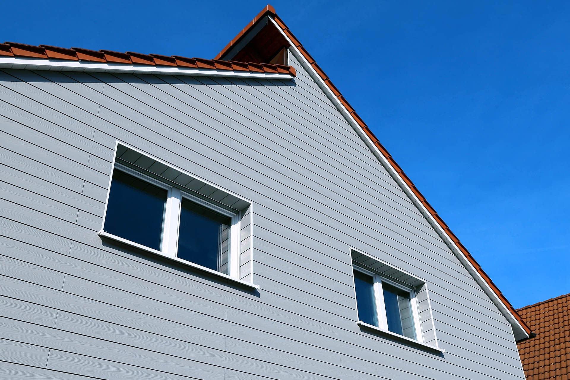 Residential home with composite cladding facade insulation - composites alternatives