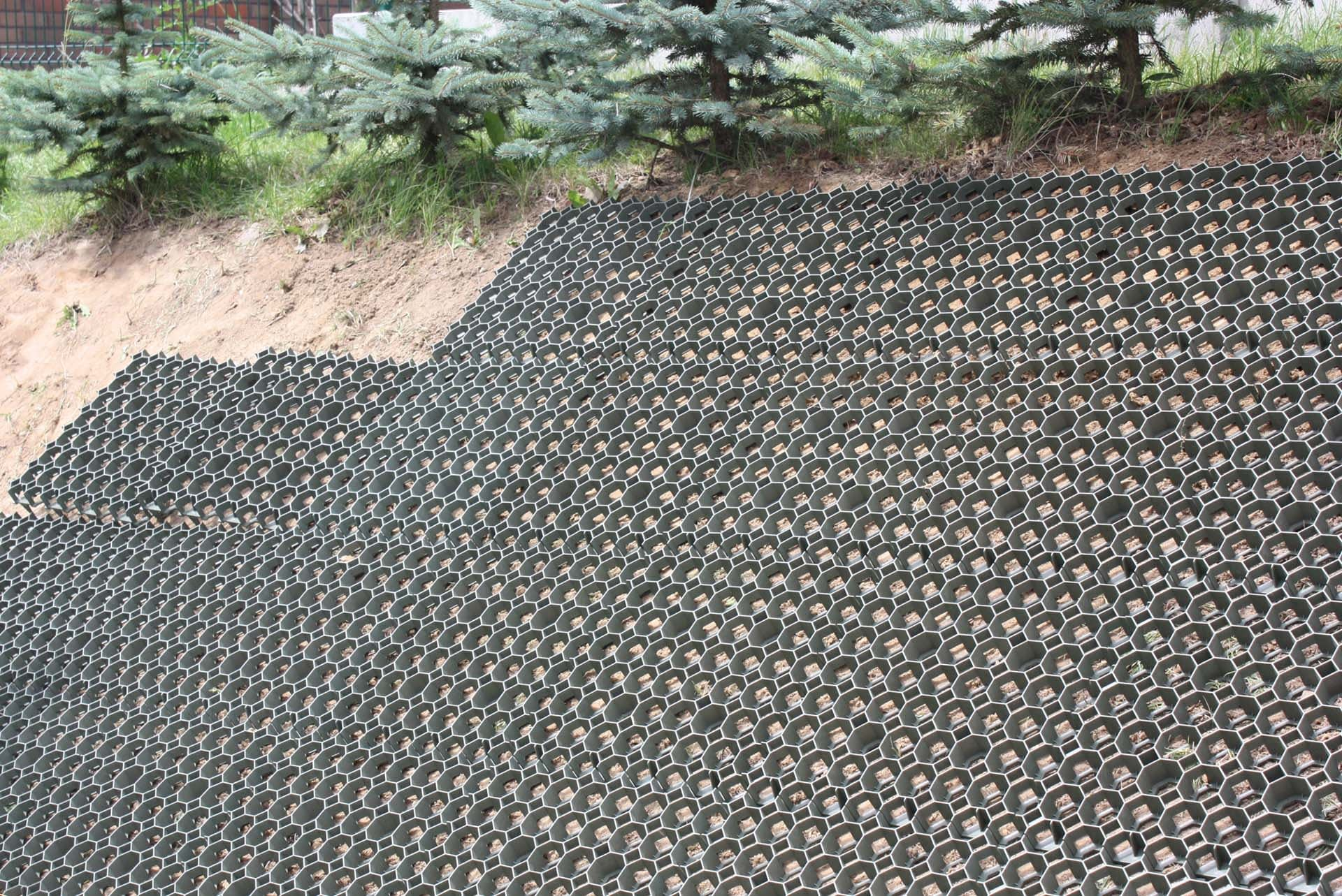 elite-grass-grid-composite-alternative-ground-reinforcement-stabilisation-installation