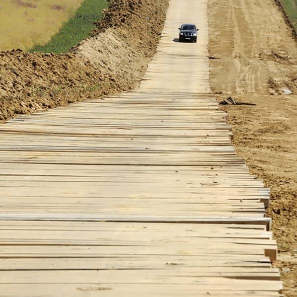 hardwood timber bog mats roadway