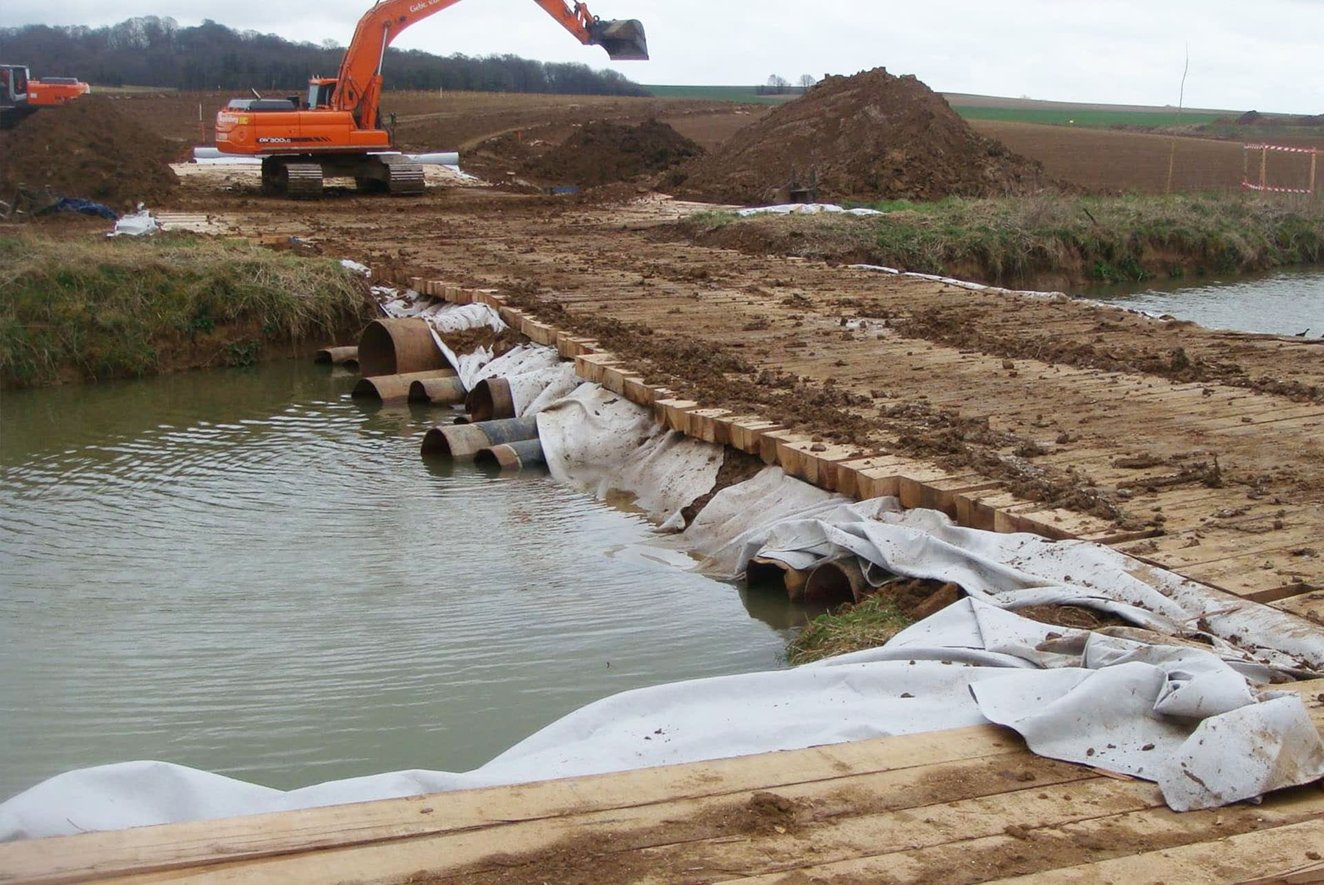 hardwood-timber-bog-mats-timber-machinery-plant-membrane-project