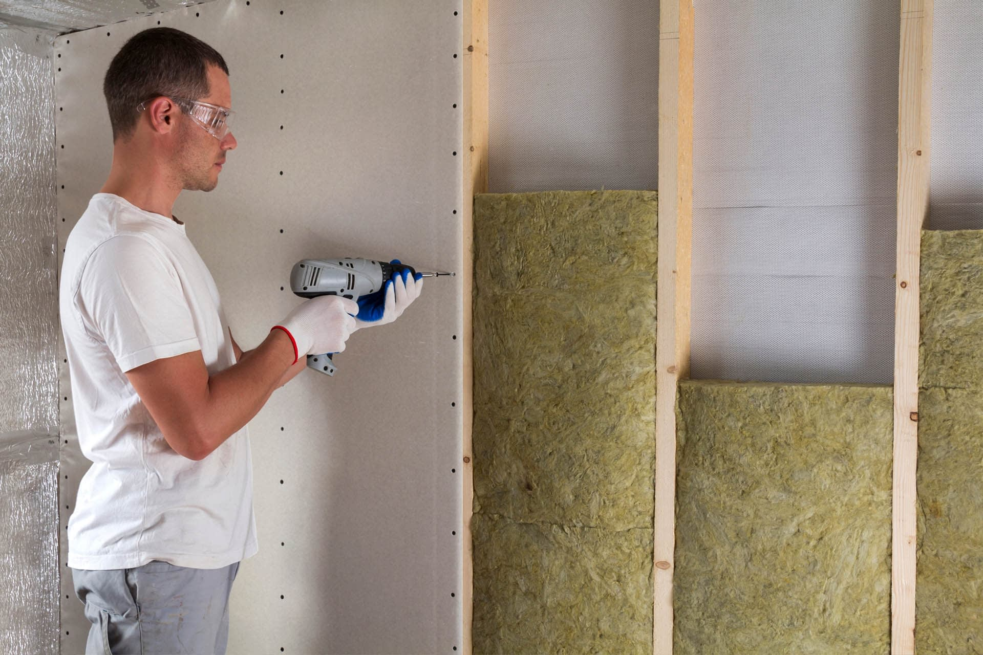 insulation-foam-board-building-materials-installation