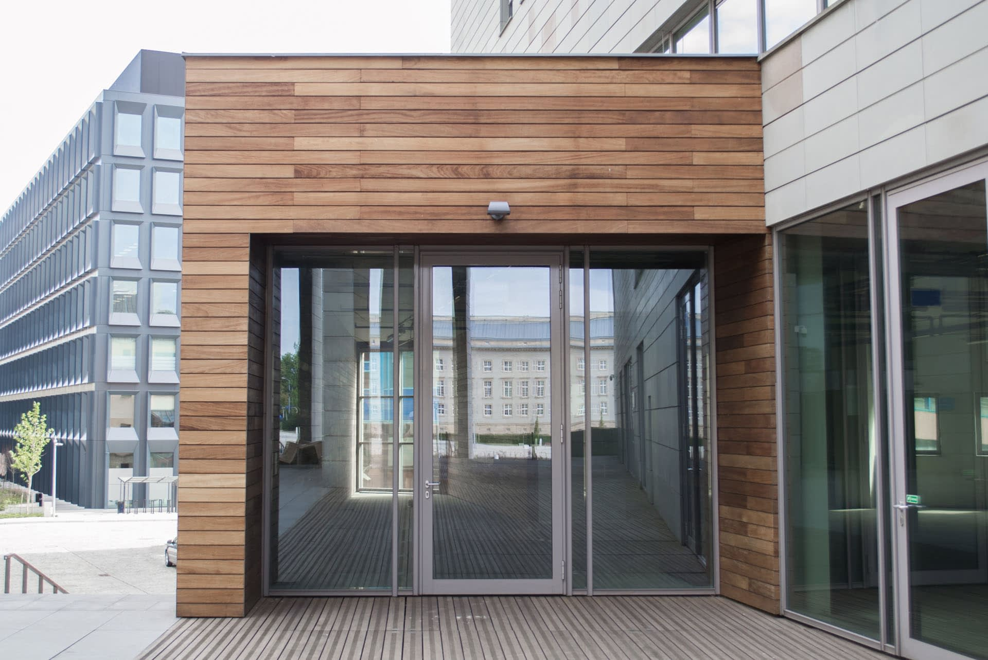 timber-cladding-weatherboards-external-sheet-material-outdoor-property-walls